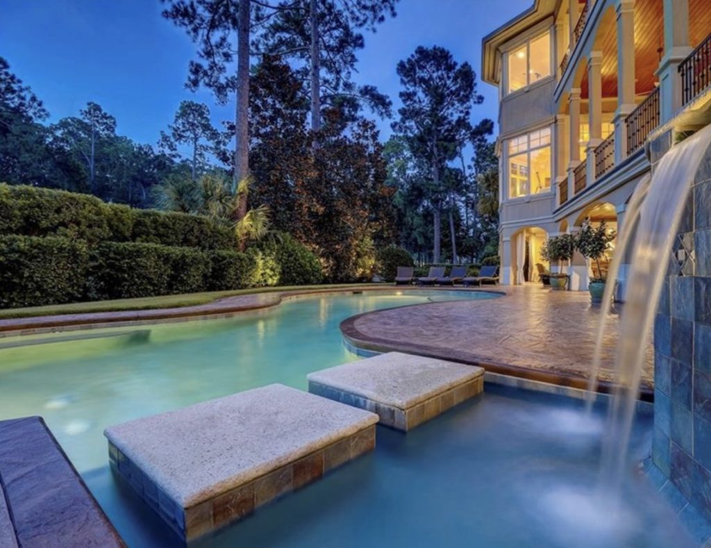 Yorkshire Drive Home Features Lagoon Living and Privacy Aplenty